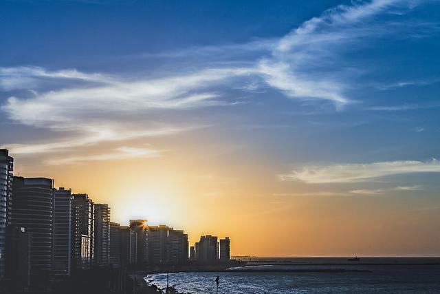Agito e beleza nas praias de Fortaleza