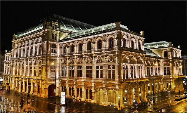 Dia 2 – Roteiro de Viena: Staatsoper, Palácio Belvedere e mais