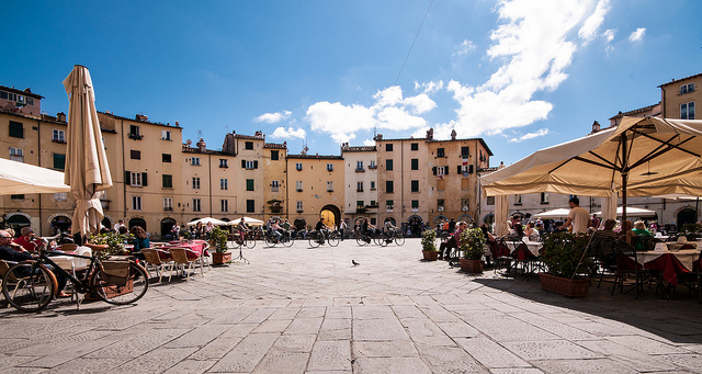 lucca_toscana