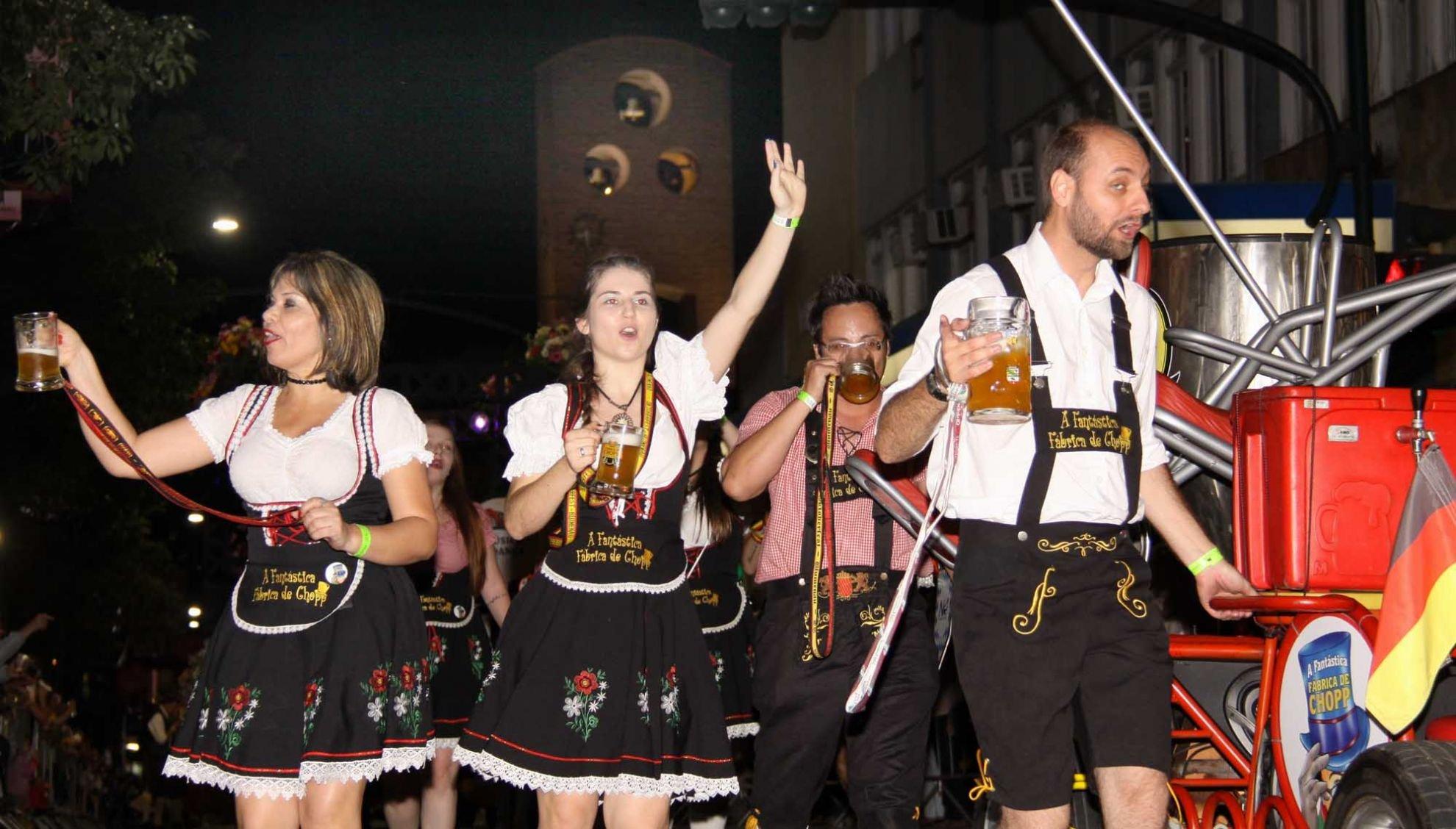 Oktoberfest em Munique: maior festival de cerveja do mundo