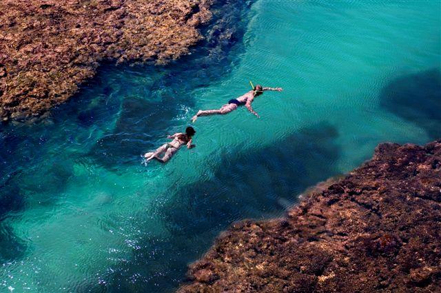 Curta as piscinas naturais de Taipu de Fora, na Bahia