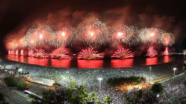 Confira as atrações do Réveillon 2016 em Copacabana