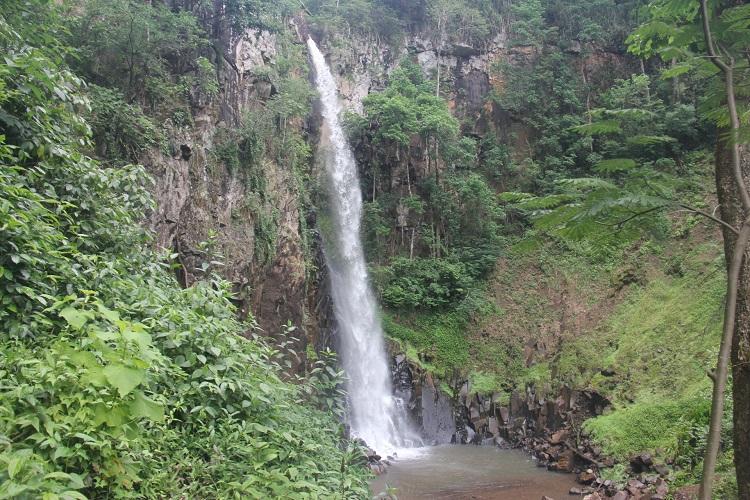 Cachoeira Cassorova: passeio imperdível em Brotas