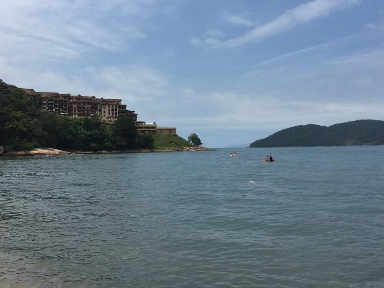 7 motivos para visitar a Praia da Mococa em Caraguatatuba