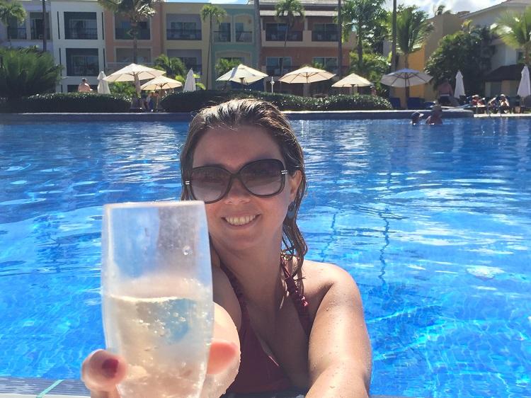resort em punta cana piscina