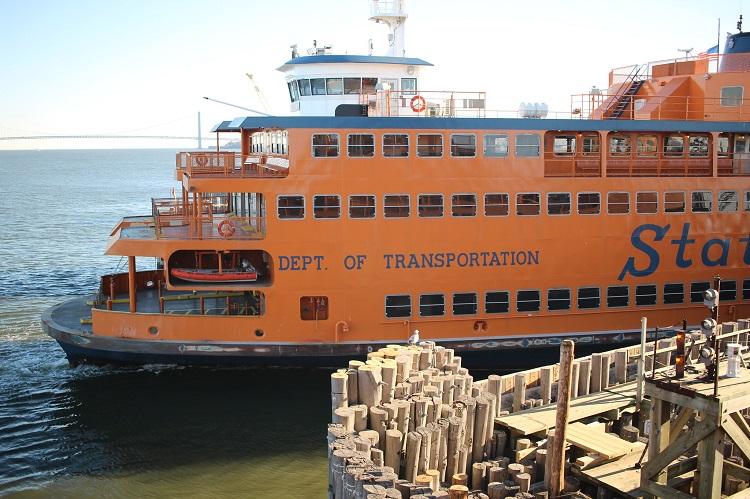 estatua-da-liberdade-ferry-Shinya Suzuki