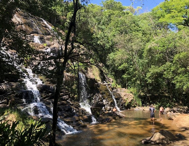 joanopolis--cachoeira-escondida