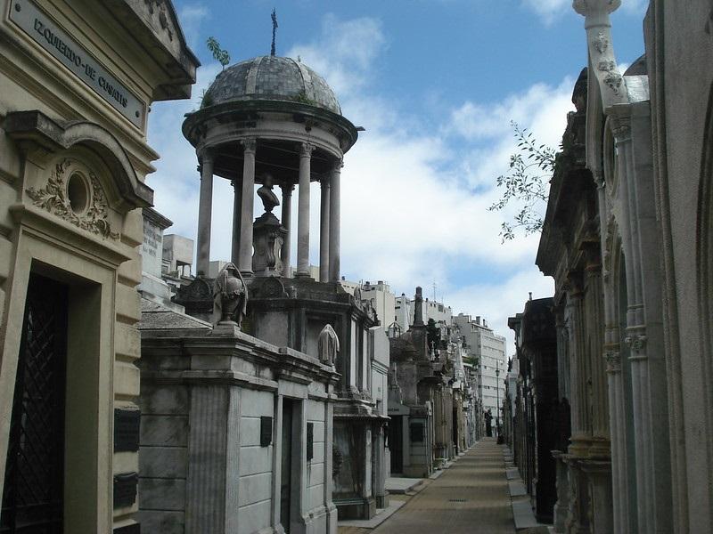 o que fazer em buenos aires-cemiterio-recoleta-r maas