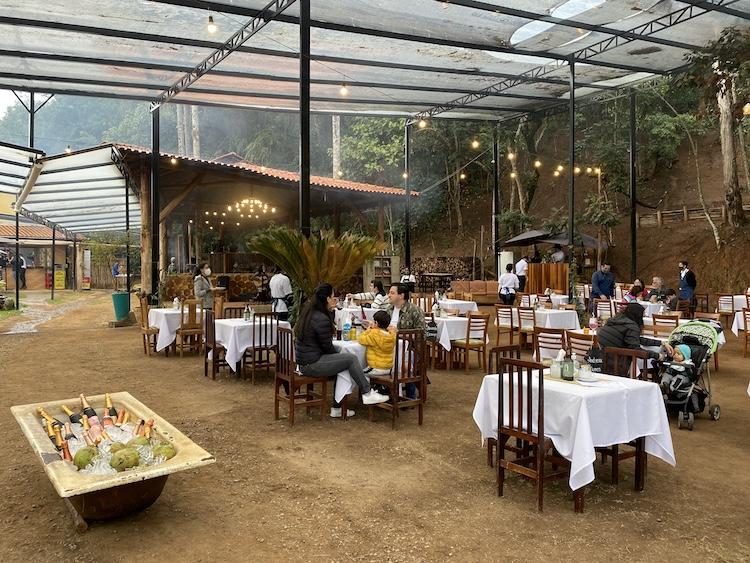 restaurante-ao-ar-livre